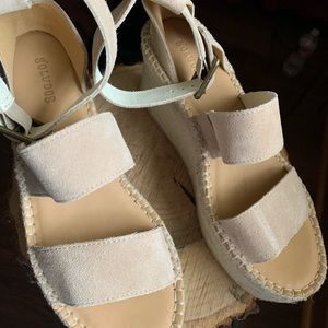 Brand new Soludos Wedges